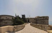 17 -Scorcio - Castello Aragonese di Taranto