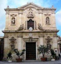 47 -Facciata - Basilica Cattedrale di San Cataldo (Taranto)Tra le più belle chiese dell'intera regione, la Basilica Cattedrale intitolata a San Cataldo è il fiore all'occhiello di Taranto vecchia in piazza Duomo,
