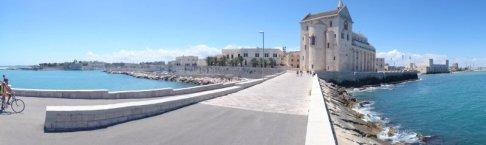 3 -Trani dal mare, Cattedrale e Castello Svevo