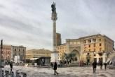 12 -Lecce- Piazza con Colonna di sant'Oronzo.