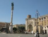 13 - Lecce. Piazza Sant'Oronzo, dettagli