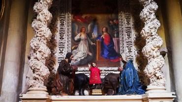 83 - Lecce. Il Duomo. Cappella della Natività o dell'Annunziata, dettaglio del dipinto.