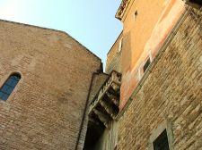 6 -Andria,_particolare_di_palazzo_ducale_e_della_cattedrale