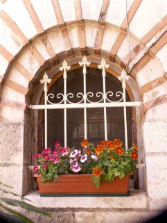41 -Barletta. Convento francescano. particolare