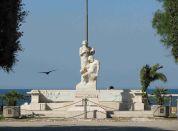 56- Trani_Villa_Comunale_Monumento_caduti