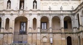 112 -Lecce. Piazza Duomo. L'Episcopio, dettagli