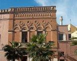 49 - Brindisi - Palazzo Dionisi, di stile veneziano