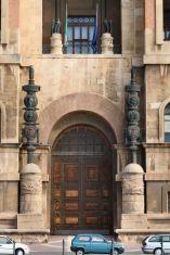 104,1 -Taranto. Ingresso principale del Palazzo del Governo