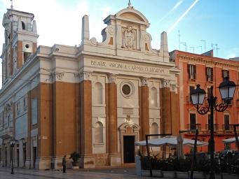 153 -Taranto. Piazza Giovanni xxiii più conosciuta come Piazza del Carmine.