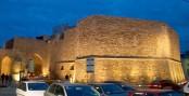 8 -Brindisi. Porta Mesagne e il bastione all'imbrunire