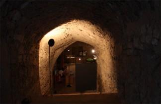 15 -Brindisi. Porta Mesagne. L'ingresso al bastione da via C.Colombo