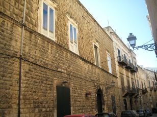39 - Bisceglie -Palazzo_frisari