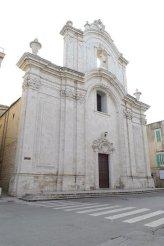 45 -Molfetta_-_Cattedrale_di_Santa_Maria_Assunta. La cattedrale che si trova nella Piazzetta Giuseppe Maria Gioveneè il principale luogo di culto cattolico di Molfetta, in provincia di Bari. È dal 1785 sede vescovile della diocesi di Molfetta.