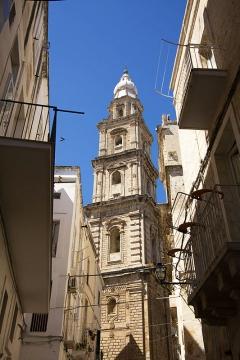22 -Monopoli. Il campanile della cattedrale_Maria_Santissima_della_Madia.