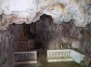 63 - Ostuni, interno del Santuario diSant'Oronzo. particolare della grotta.