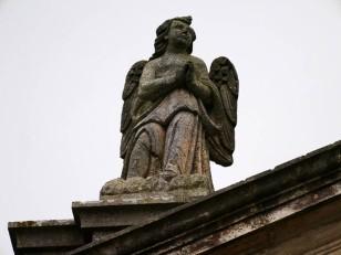 79 - Ostuni. Santuario di Santo Oronzo. Altro dettaglio della fonte miracoloso.
