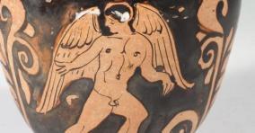 81 -Fasano. Museo Archeologico di Egnathia dettaglio all'interno.