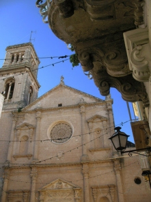19,1 -Fasano. La Chiesa di San Giovanni Battista ,centro storico.
