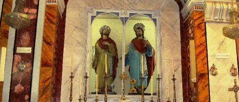 35 -Fasano. Chiesa Maria S.S. Rosario, dettaglio.