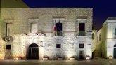 31 -Molfetta. Piazza comunale il Palazzo Giovene è un edificio cinquecentesco della città di Molfetta. Attualmente sede dell'amministrazione del Comune.