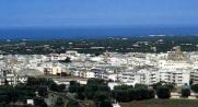 2,1 -Fasano. veduta della città