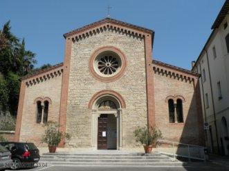 38 -Castrocaro Terme. Facciata della chiesa di San Nicolò e Francesco
