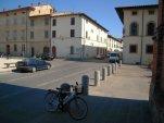 90 -Terra del Sole (FC) - Piazza d'Armi verso Borgo Romano sulla destra si intravede la chiesa