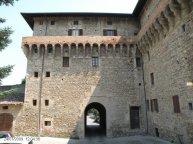 93 -Castello del Governatore, Porta Romana dalla parte del centro del borgo