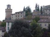 8 -Castrocaro, borgo antico.Torre e Battistero