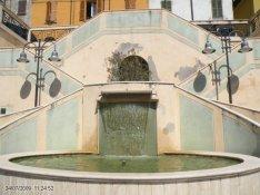 32 -Castrocaro - Piazza Martell Fontana particolare
