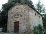 43 -Castrocaro. La settecentesca chiesetta di San Rocco dove vi sono sepolte le famiglie Giovannini e Conti.