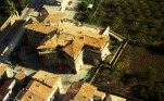 91 -Terra del Sole, vista aerea del Borgo Romano e il castello del Governatore