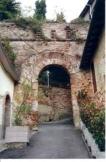 13 -Porta di San Giovanni alla Murata, sulla quale si erge la Torre Campanaria o dell'Orologio.