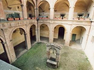 81 -Terra del Sole (FC) - Palazzo Pretorio, Sec. XVI Cortile interno