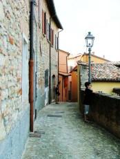 21 -Bertinoro, vicolo