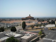 19 -Vista della chiesa di Santa Maria in Gradi con il complesso universitario