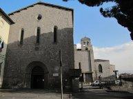"""112 -Viterbo -Chiesa di S. FrancescoIl """"Pantheon"""" di Viterbo, ove sono custodite le tombe di uomini illustri."""