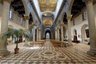 131 -Viterbo -Basilica Santuario Santa Maria della Quercia interno - le tre navate-