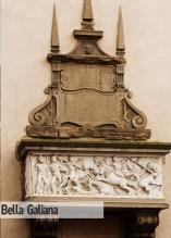 61 -Viterbo. Piazza del Plebiscito,chiesa-Santo'Angelo particolare delSarcofago della Bella Galiana.
