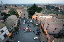 96 -Viterbo -Panorama della Piazza del Gesù. Altra incantevole piazzetta, con Fontana del sec. XVII, Chiesetta omonima (sec. XI) e Torre medievale del Borgognone