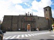 11 -Viterbo -Porta Romana dall'esterno. Porta S. Sisto divenne l'attuale Porta Romana in occasione della venuta di papa Innocenzo X, intorno alla metà del Seicento