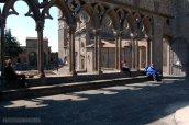 32 -Viterbo-Palazzo dei papi, cortile interno. La Loggia delle benedizioni (più nota come Loggia dei Papi), dall'architettura elegante ed armoniosa, eretta nel 1267.