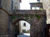 72 -Viterbo. Quartiere San Pellegrino, pittore all'0pera