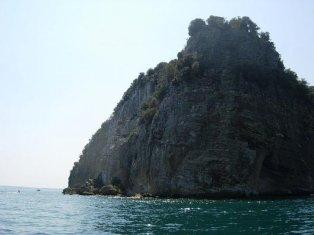 68 -Lago di Bolsena. Le splendide acque intorno all'isola Bisentina