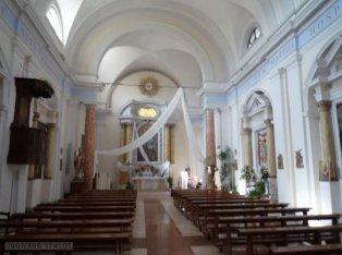 35 -Inerno della chiesa collegiata di Marta