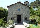 41 -Marta. La chiesa della Madonna del Castagno. La chiesa della Madonna del Castagno è una piccola chiesa ubicata appena fuori il paese di Marta