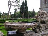 66 -Caprarola. palazzo Farnese, fontana.