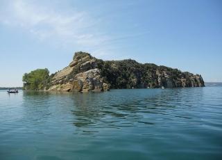11 -Isola di Martara vista da Marta