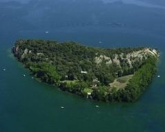 15 -Isola di Martana vista aerea