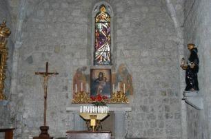32 -In fondo alla navata sinistra, dopo il portale, si trova la Cappella dei Santi Andrea e Bartolomeo. Alle pareti due tele del sec. XVIII: il Martirio di Santa Cristina, opera di Andrea Casali e la Natività di Maria, di Francesco Trevisani.